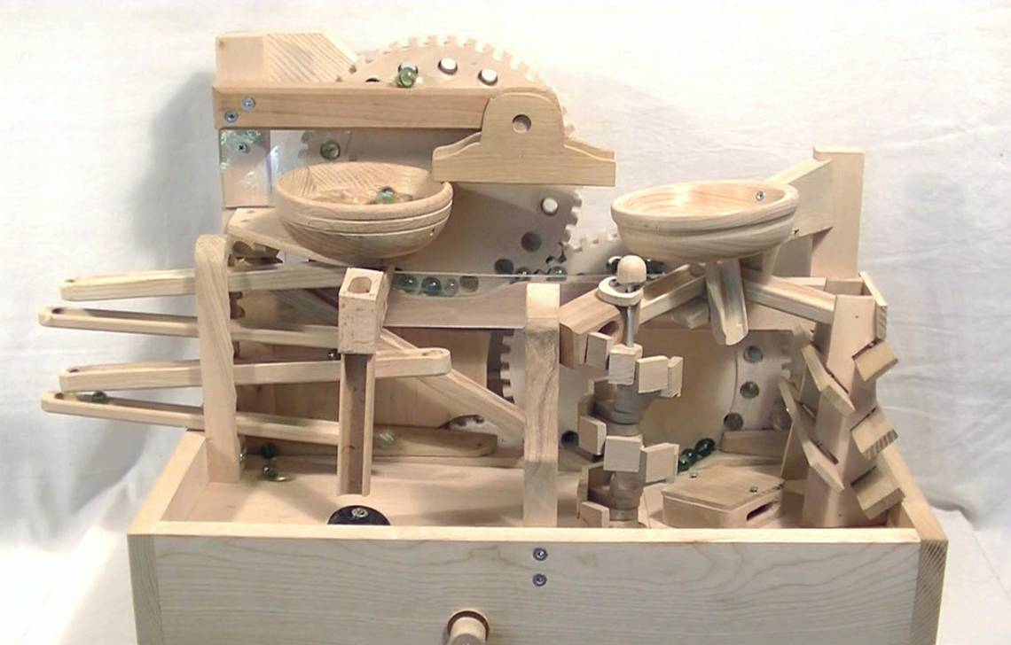 marble machines holz kugelbahn. Black Bedroom Furniture Sets. Home Design Ideas
